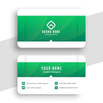 Ontwerp voor groene visitekaartjes in medische stijl