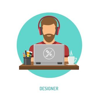 Ontwerper freelancer die aan laptop werkt