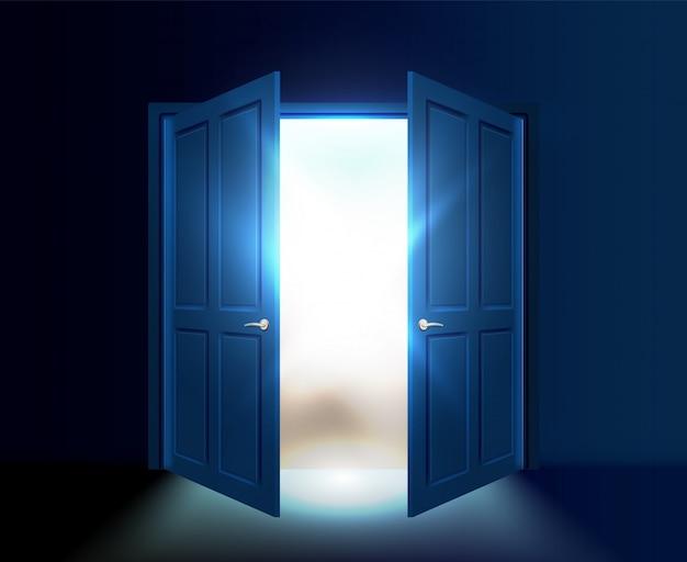 Op een kier dubbele deur met licht en zonnestralen die uit de opening komen.