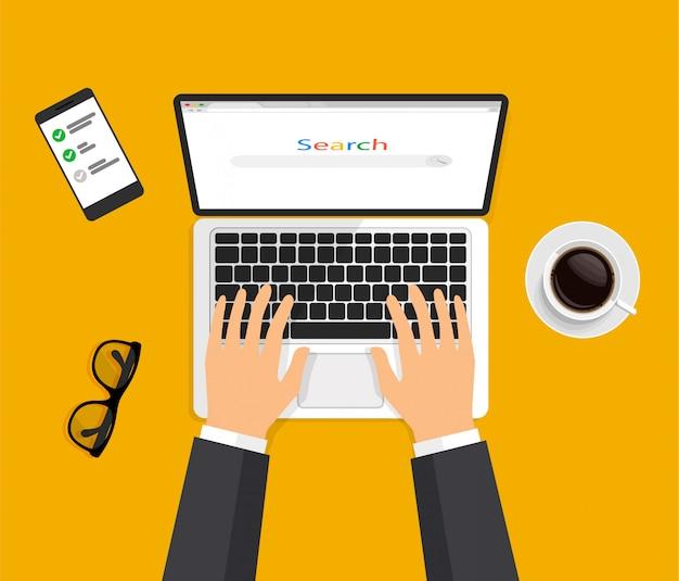 Open het laptop- en internetbrowservenster op het display. handen typen op computertoetsenbord. webbrowser lege sjabloon in een moderne 3d-stijl. werkruimte bovenaanzicht. vector illustratie.