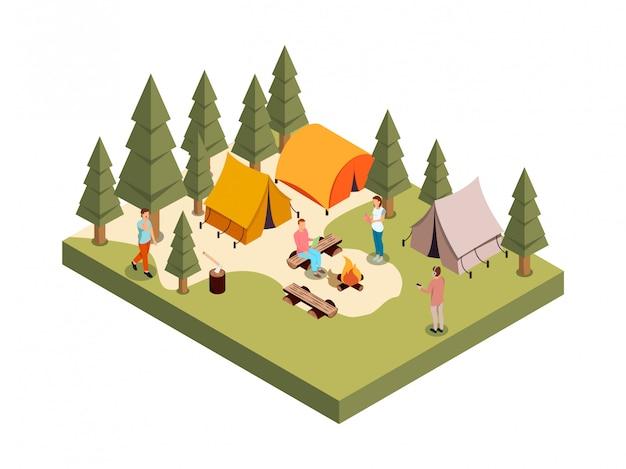 Openlucht bospartij isometrische samenstelling met reeks mensen cijfers kampvuur en tenten onder veelhoekige bomen vectorillustratie