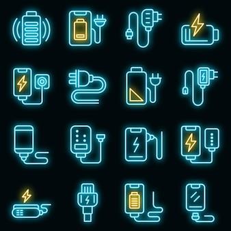 Oplader pictogrammen instellen. overzicht set van oplader vector iconen neon kleur op zwart