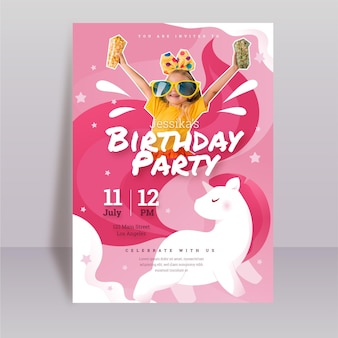 Organische platte eenhoorn verjaardagsuitnodiging sjabloon met foto