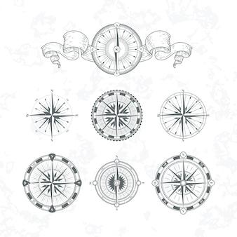 Oriëntatie antieke compas in vintage stijl. vector zwart-wit illustraties instellen