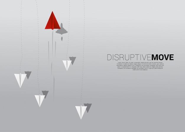 Origami papieren vliegtuigje is verschillende richting verplaatsen van de groep