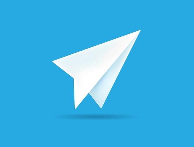 Origamidocument vliegtuig op blauwe achtergrond.