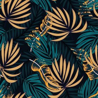 Origineel abstract naadloos patroon met kleurrijke tropische bladeren en planten op zwarte achtergrond