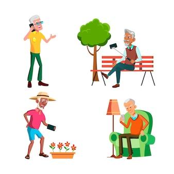 Oude mannen die telefoon gebruiken voor communicatieset