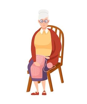 Oude vrouwen zitten op stoel cartoon design senior vrouw in vrijetijdskleding