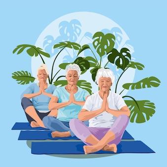 Oudere vrouwen beoefenen yoga