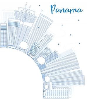 Overzicht panama city skyline met blauwe wolkenkrabbers en kopie ruimte.
