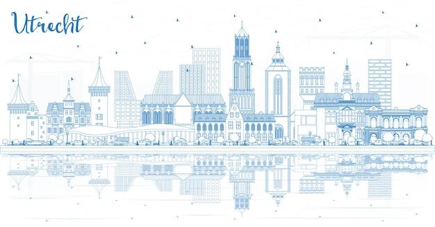 Overzicht utrecht nederland city skyline met blauwe gebouwen en reflecties. zakelijk reizen en toerisme concept met historische architectuur. utrecht stadsgezicht met monumenten.