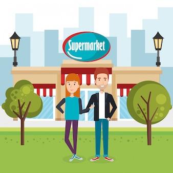 Paar buiten supermarkt gebouw scène