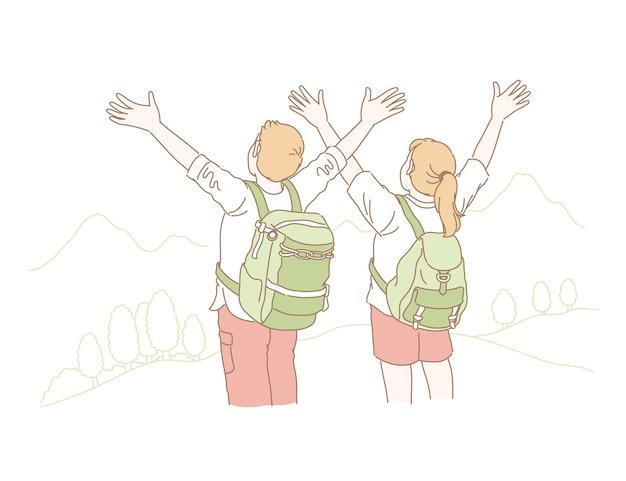 Paar heffen hun handen op en kijken naar de berg in lijnstijl