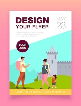 Paar toerist met kind op landmark flyer-sjabloon