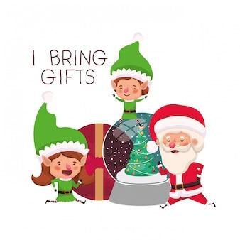 Paar van elf en de kerstman met geschenkdozen