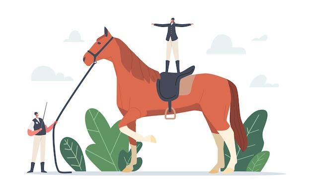 Paardensportclub, paardentrainingsconcept. klein trainerkarakter met uniform met zweep en harnas van enorme raszuivere hengst met jockeystandaard op de rug. cartoon mensen vectorillustratie