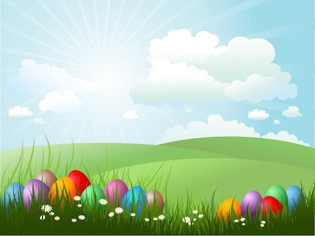 Paaseieren in gras op een zonnige dag