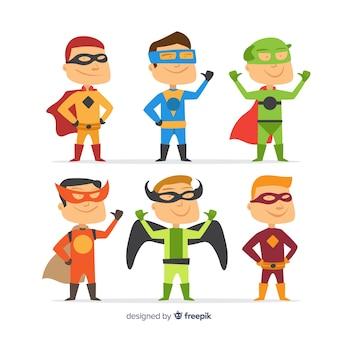 Pak kinderen verkleed als superhelden