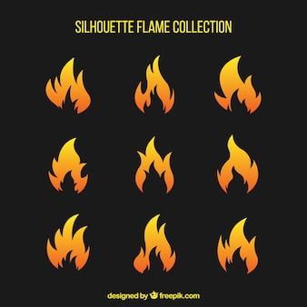 Pak van brand silhouetten