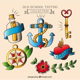 Pak van de hand getekende tatoeages met verschillende thema's