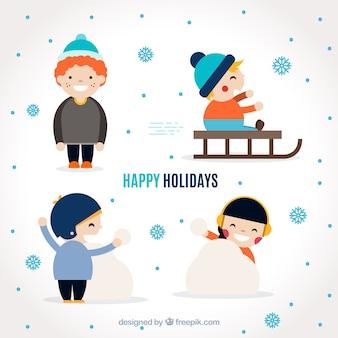 Pak van grappige kinderen spelen met sneeuw