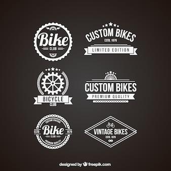 Pak van retro fiets badges in de kleur wit