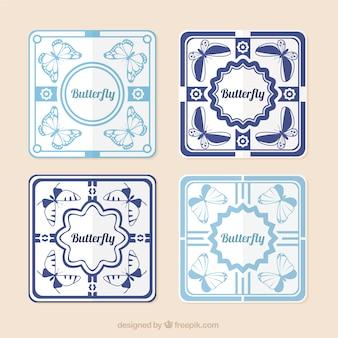 Pak van vierkante stickers met vlinders