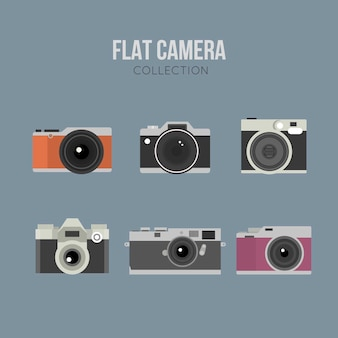 Pak van vintage en vlakke ontworpen fotocamera's