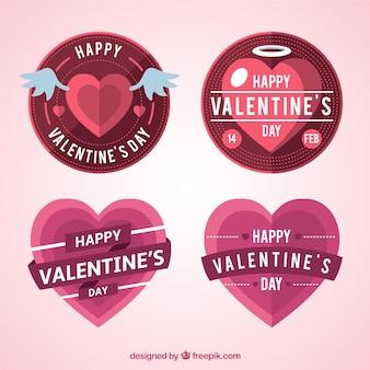 Pakje van vier roze en rode decoratieve labels voor valentijnsdag