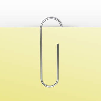 Paperclip op witte achtergrond