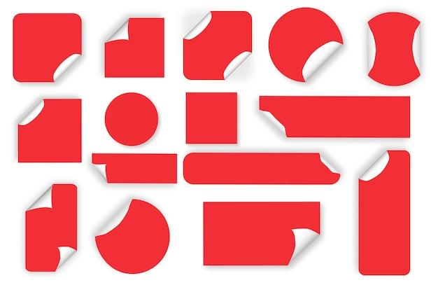 Papier ronde zelfklevende stickers geïsoleerd op wit
