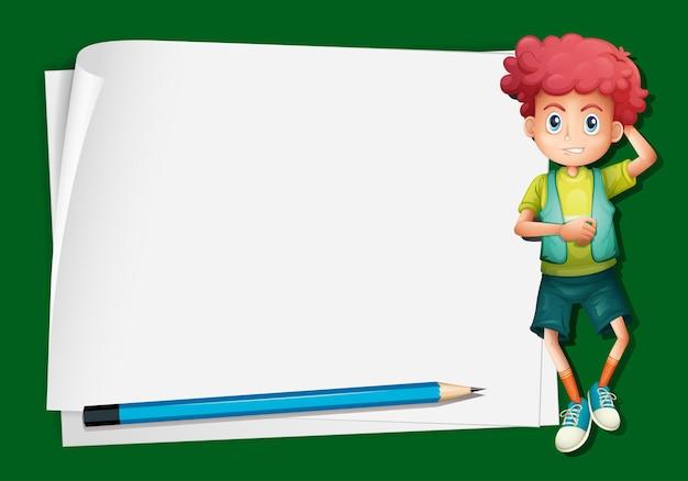 Papieren sjabloon met schattige jongen en potlood