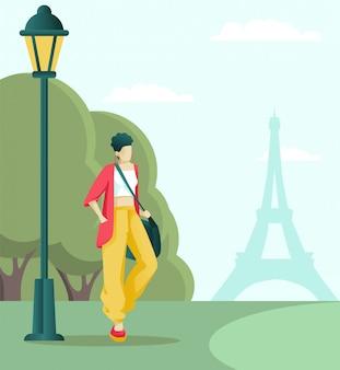 Parijse of toeristische wandeling in het park in de buurt van de eiffeltoren