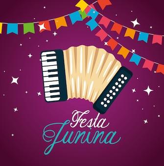 Partijbanner met harmonika aan festa junina