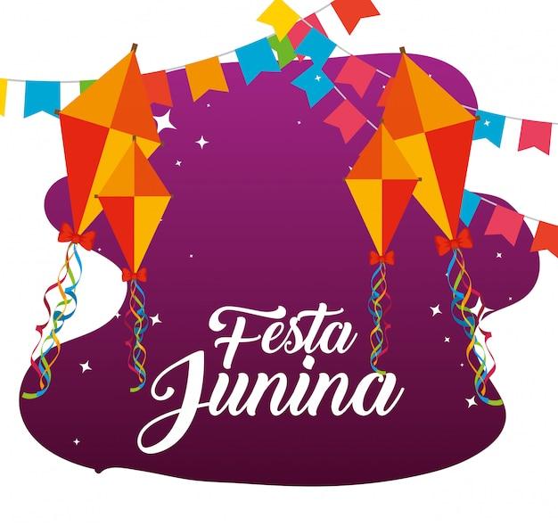Partijbanner met vliegers aan festa junina