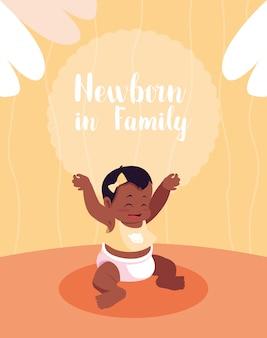 Pasgeboren in familiekaart met afro van het babymeisje