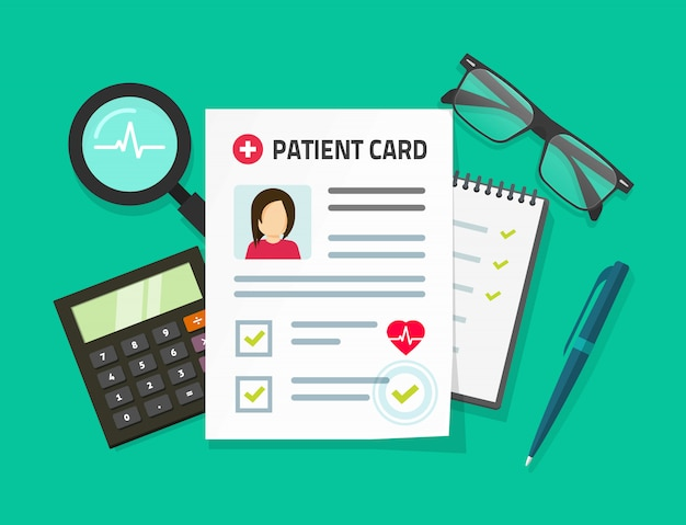 Patiënt medische dossiers kaart of diagnose analyseren document verslag op werk bureau tafel