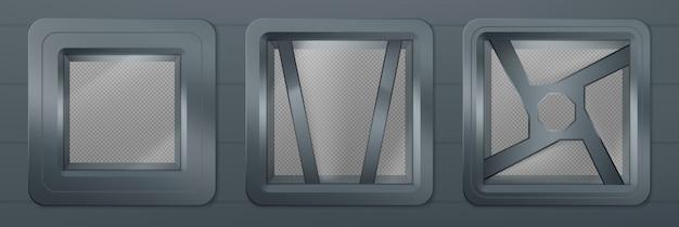 Patrijspoort in ruimteschip, metalen vierkante ramen