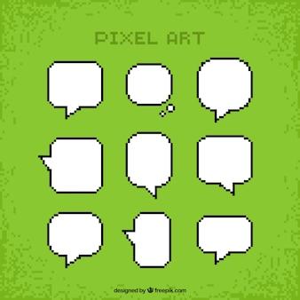 Pixelated tekstballonnen inzameling in de kleur wit