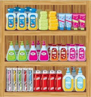 Planken met huishoudelijke chemicaliën.