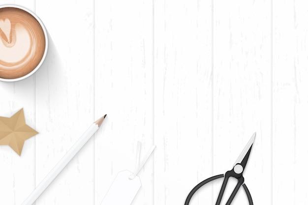 Plat lag bovenaanzicht elegante witte samenstelling papier koffie potlood tag schaar en ster ambachtelijke op houten achtergrond.