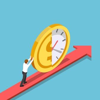 Platte 3d isometrische zakenman duwt de helft van de klok en geldmunt vooruit