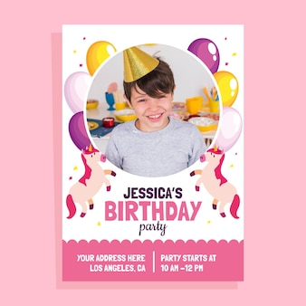 Platte eenhoorn verjaardagsuitnodiging met fotosjabloon