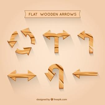 Platte houten pijlen