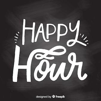 Platte ontwerp happy hour belettering op schoolbord