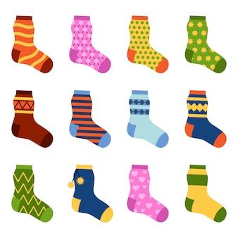 Platte ontwerp kleurrijke sokken instellen vectorillustratie.