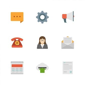 Platte ontwerp pictogrammen: commentaar, versnelling, megafoon, telefoon, leraar, envelop