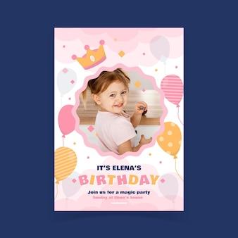 Platte prinses verjaardagsuitnodiging met fotosjabloon met foto