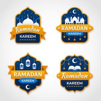 Platte ramadan badge-collectie Gratis Vector